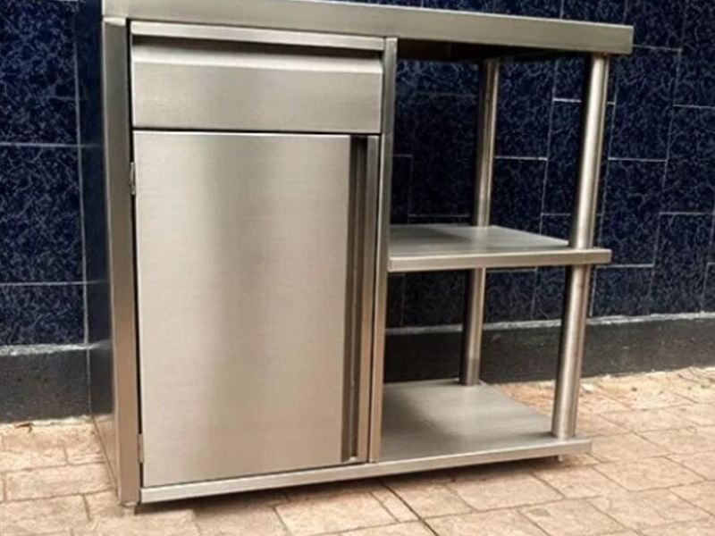 Gabinete plano con puerta cajón