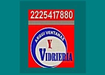 PUERTAS DE ALUMINIO - ARQUI VENTANAS