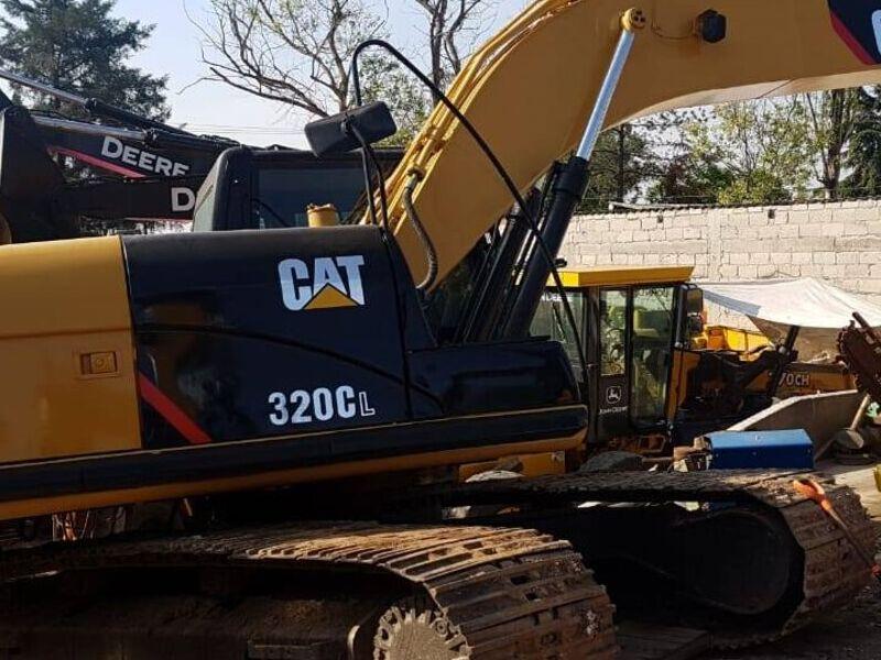 Excavadora CAT 320CL Encabinada