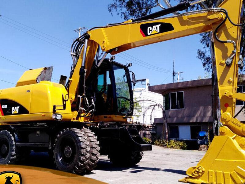 Excavadora sobre Neumáticos CAT M313